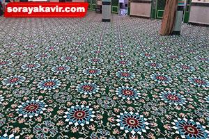 اجرای سجاده فرش مسجد تشریفاتی طرح کاشیکاری سبز